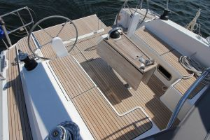 Bavaria 46 Cruiser 3-cabin Photo 5