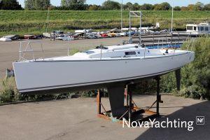 J Boats J/100 Photo 15