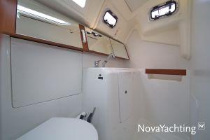 Beneteau Oceanis 34 Photo 45