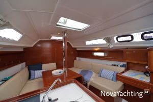 Beneteau Oceanis 31 Photo 11