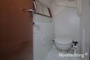 Beneteau Oceanis 31 Photo 32