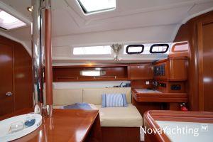 Beneteau Oceanis 31 Photo 3