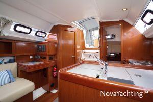 Beneteau Oceanis 31 Photo 12