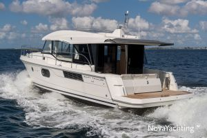 Beneteau Swift Trawler 41 Photo 7