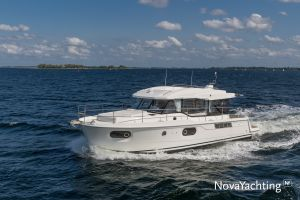 Beneteau Swift Trawler 41 Photo 9