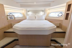 Beneteau Swift Trawler 41 Photo 4