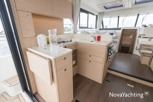 Beneteau Swift Trawler 41 Photo 16