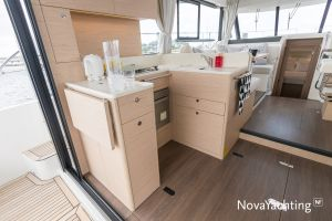 Beneteau Swift Trawler 41 Photo 18