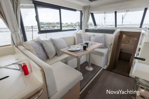 Beneteau Swift Trawler 41 Photo 2