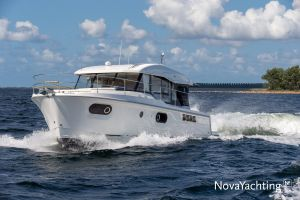 Beneteau Swift Trawler 41 Photo 11