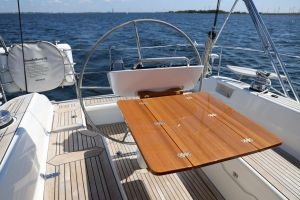 Hallberg-Rassy 412 Photo 4