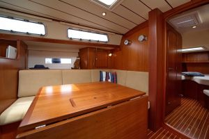 Hallberg-Rassy 412 Photo 7