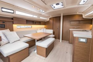 Beneteau Oceanis 40.1 FIRST LINE DEMO Photo 16