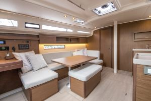Beneteau Oceanis 40.1 FIRST LINE DEMO Photo 48