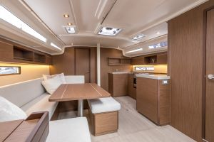 Beneteau Oceanis 40.1 FIRST LINE DEMO Photo 61