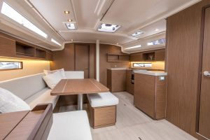 Beneteau Oceanis 40.1 FIRST LINE DEMO Photo 83