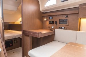 Beneteau Oceanis 40.1 FIRST LINE DEMO Photo 52