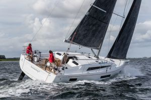 Beneteau Oceanis 40.1 FIRST LINE DEMO Photo 27