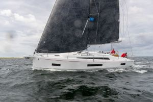 Beneteau Oceanis 40.1 FIRST LINE DEMO Photo 24