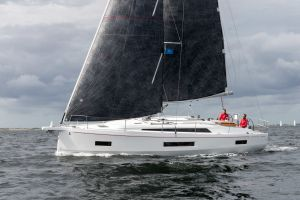 Beneteau Oceanis 40.1 FIRST LINE DEMO Photo 117