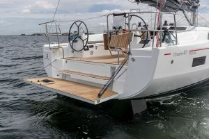 Beneteau Oceanis 40.1 FIRST LINE DEMO Photo 5