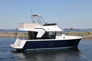 Beneteau Swift Trawler 35 Photo 10