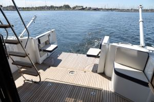 Beneteau Swift Trawler 35 Photo 7