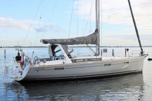 Beneteau Oceanis 45 Photo 12