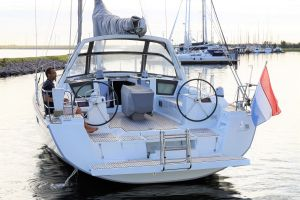 Beneteau Oceanis 45 Photo 4