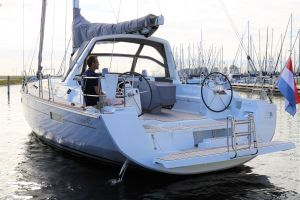 Beneteau Oceanis 45 Photo 20