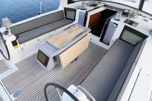 Beneteau Oceanis 45 Photo 44