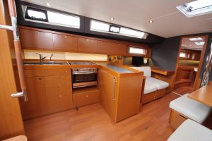 Beneteau Oceanis 45 Photo 21