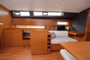 Beneteau Oceanis 45 Photo 29