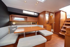 Beneteau Oceanis 45 Photo 15