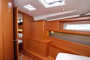 Beneteau Oceanis 45 Photo 23