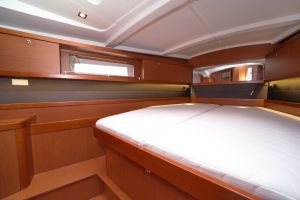 Beneteau Oceanis 45 Photo 65