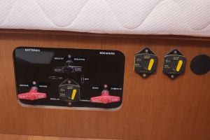 Beneteau Oceanis 45 Photo 41