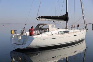 Beneteau Oceanis 50 Photo 2