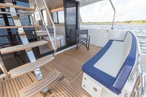 Beneteau Swift Trawler 47 Photo 7