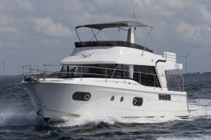 Beneteau Swift Trawler 47 Photo 1