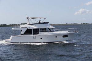 Beneteau Swift Trawler 47 Photo 6