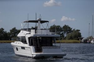 Beneteau Swift Trawler 47 Photo 12