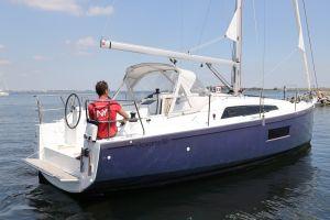 Beneteau Oceanis 30.1 Photo 12