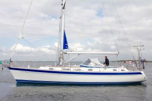 Hallberg Rassy 43 Photo 1