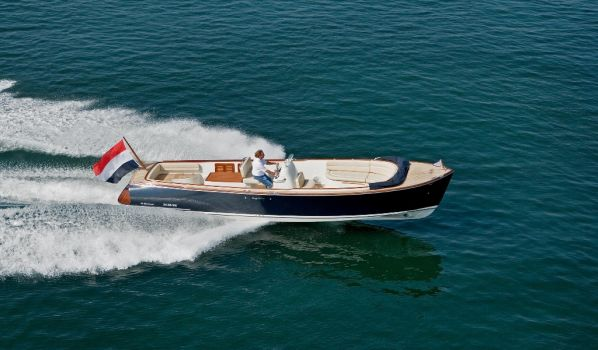 , Sloep  for sale by Long Island Yachts