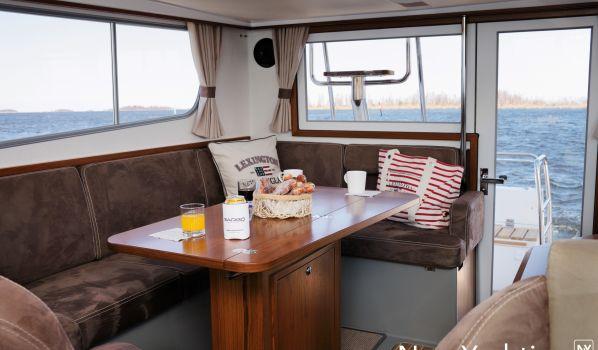, Motorjacht  for sale by Nova Yachting International