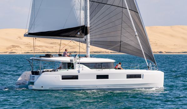 , Multihull sailing boat  for sale by Jeanneau / Lagoon