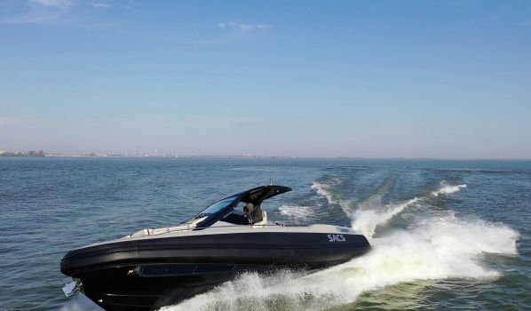 , Motorjacht  for sale by Lengers Yachts