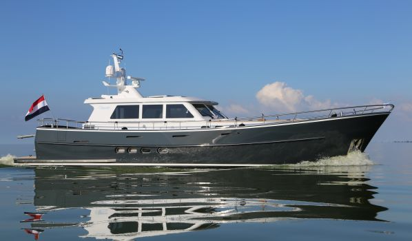 , Motorjacht  for sale by Sturier Yachts