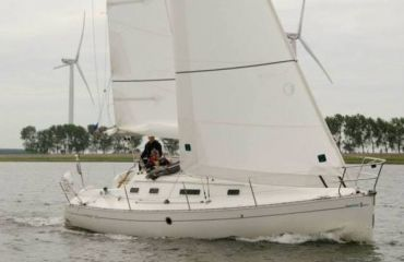 Beneteau First 310, Sailing Yacht Beneteau First 310 for sale by Bach Yachting